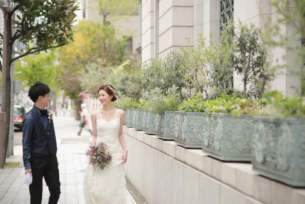 2人でよくデートした神戸旧居留地の美しい街並みで前撮り