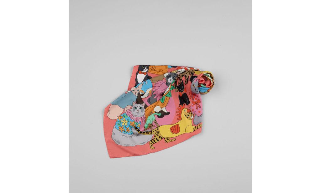Karen Mabonの猫柄スカーフ