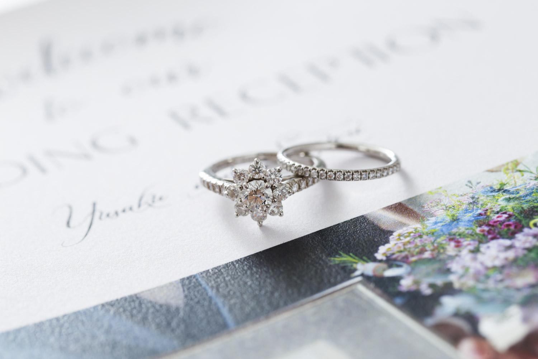 園村小由里さん(28歳・専業主婦)の婚約指輪と結婚指輪