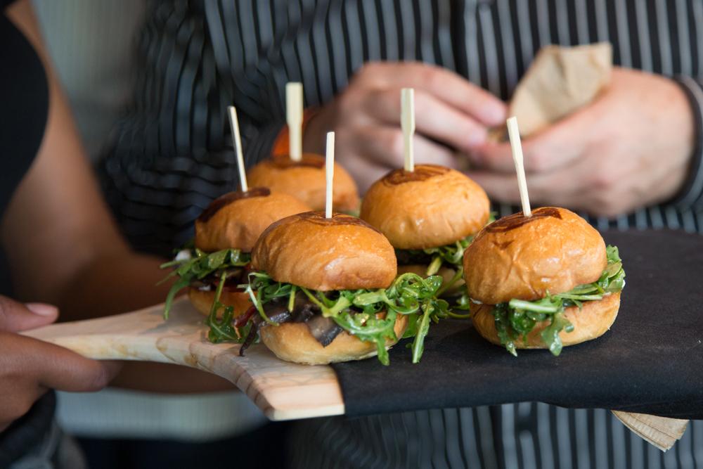 LAのグルメもうならせた旨味たっぷりのハンバーガーショップが日本初上陸
