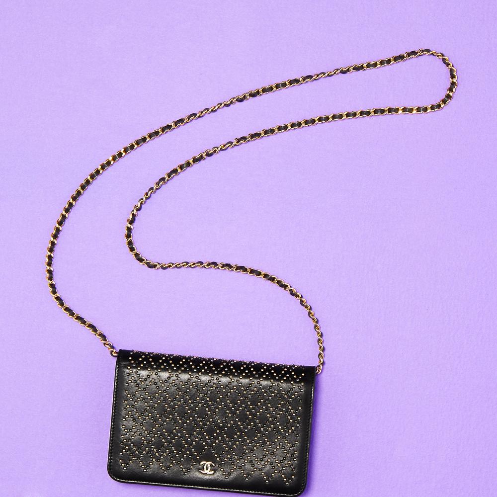 ハイブランドのシンプルバッグは合わせやすくて使いやすい!