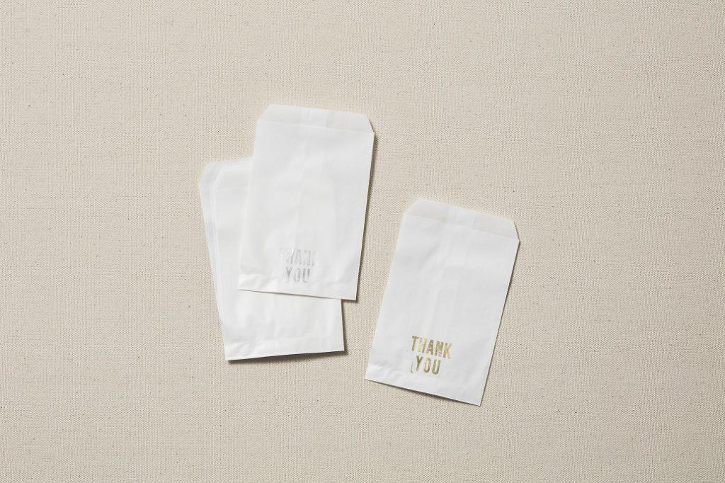 1.小さい紙袋に好きなメッセー