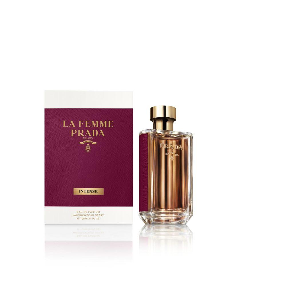 徹底的に追求されたフローラルの華やかな香り 「プラダ フェム インテンス」
