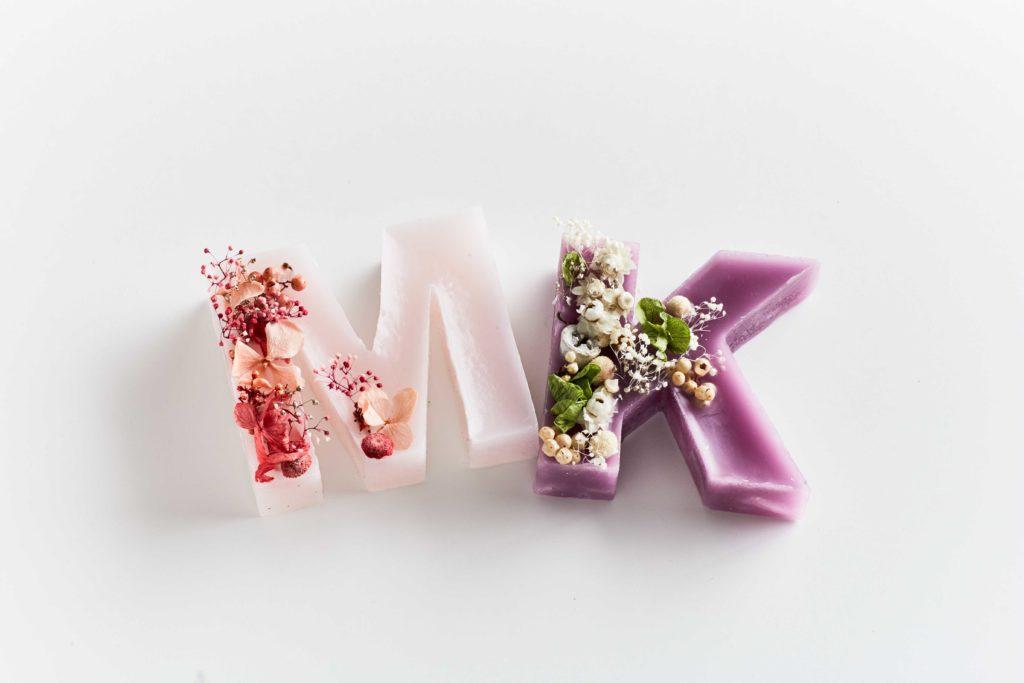 お花やちょっとしたプレゼントを