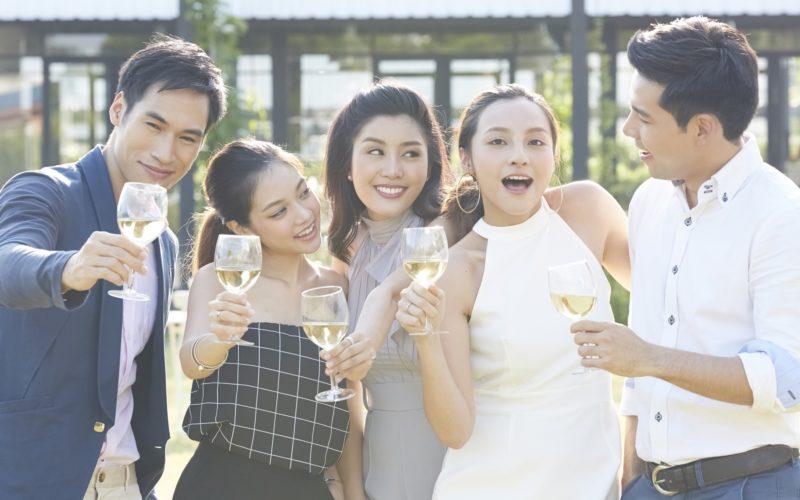 相手も本気度の高い人が多い! 「婚活パーティー」