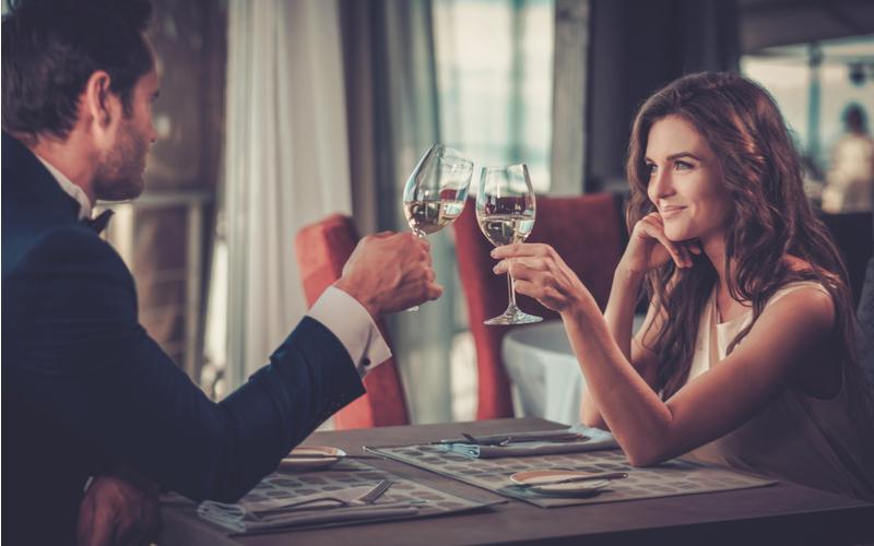 初デート時の食事中の会話(趣味の話を聞かれたら)