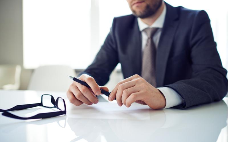 新卒入社とは全然違う!転職者の「履歴書」作成法