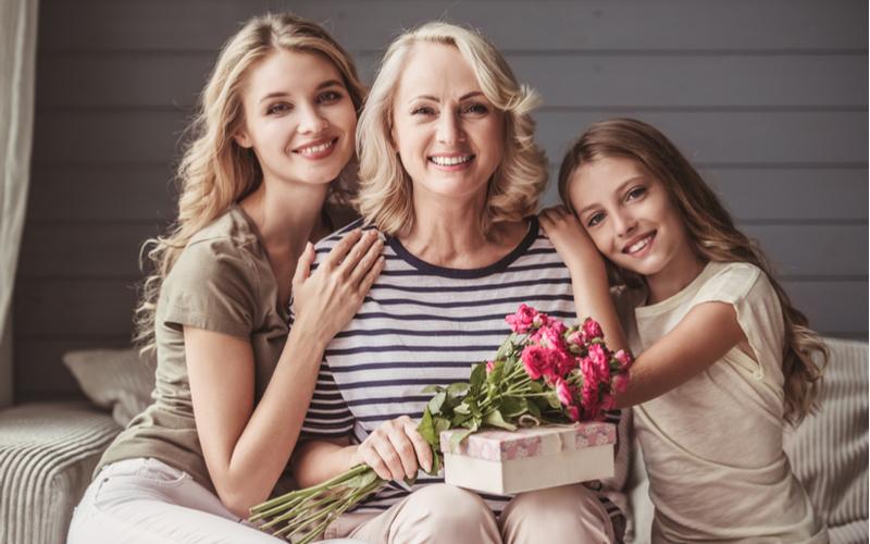 ■友達や家族を大切にする女性