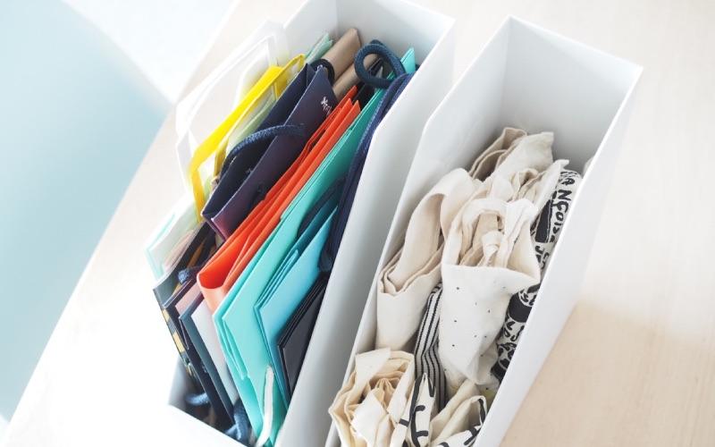 ■6:増やしすぎ予防にも!紙袋&エコバッグ収納