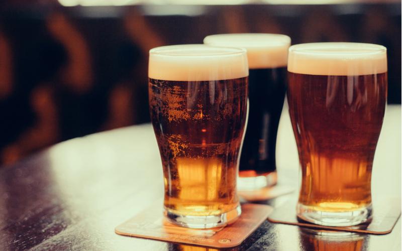 ■ビールのつぎ方・つがれ方