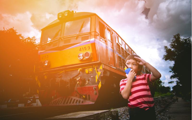 3.電車運転士・自動車整備士