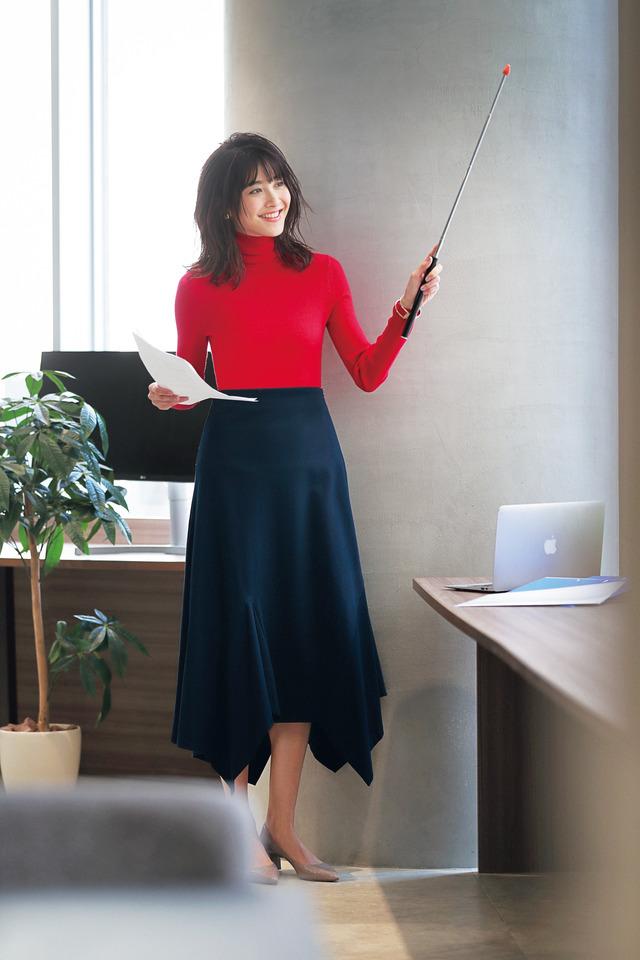 【ユニクロ通勤もOK】着るだけでデキる女に見える!ラッキー仕事服3選