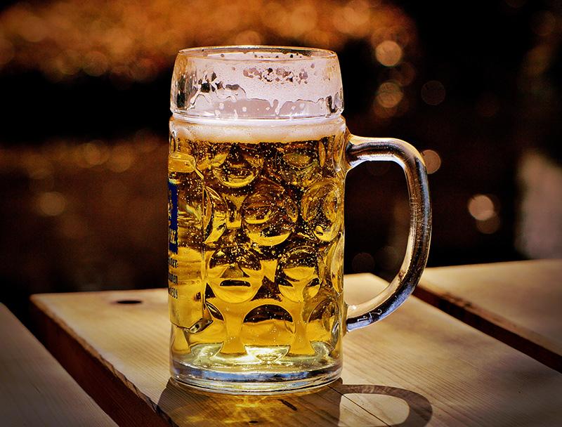 普段何気なく飲んでいるビール。