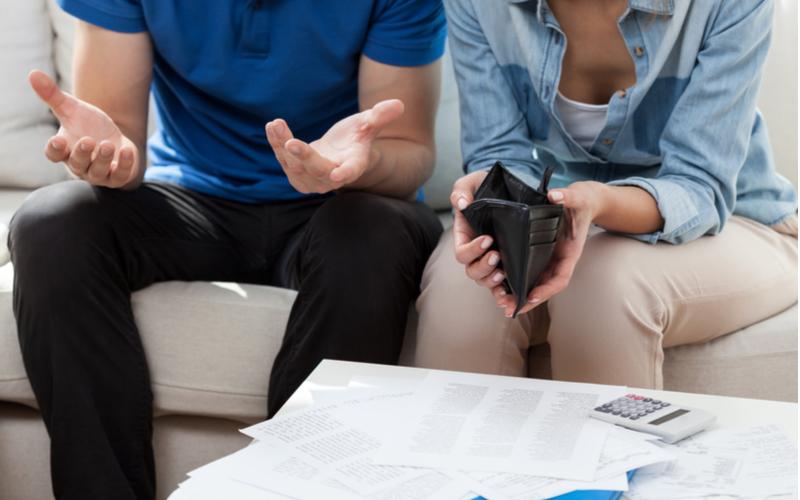 結婚前に必ずチェックして!婚約者が不倫夫になるのか見分ける方法3つ
