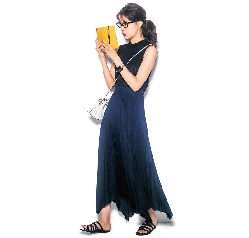 夏にあえての黒×ネイビー配色で大人っぽく【今日のコーデ|着回しDiary】