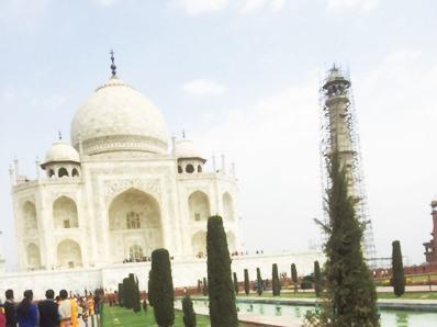 インドは建物を見ているだけでも