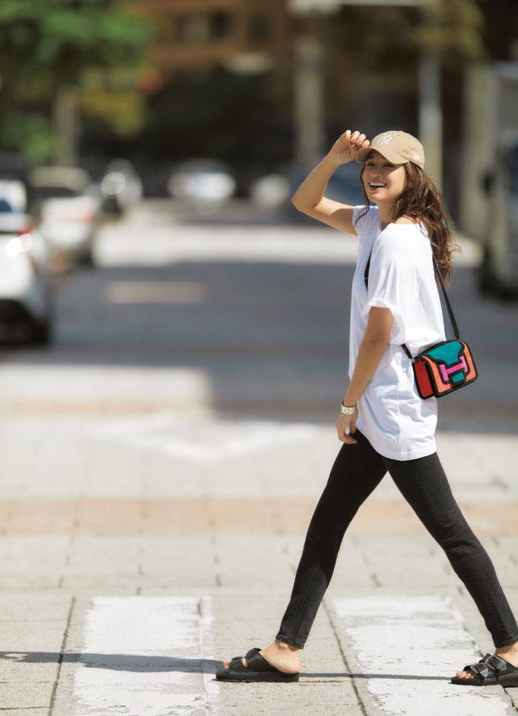 【今日の服装】モノトーン配色でアスレジャースタイルをカッコよく【アラサー女子】
