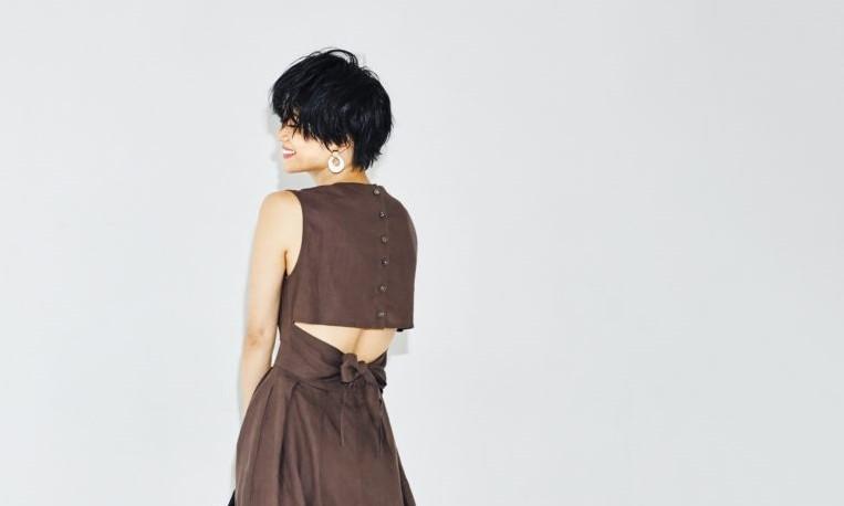 【今日の服装】モテコ―デのカギはほどよい背中見せ♡【アラサー女子】