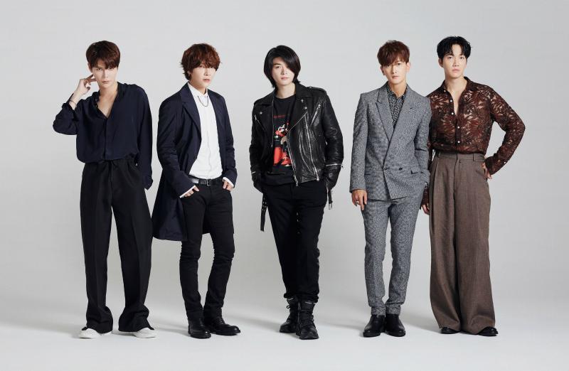 大人気アイドルグループ「SUPERNOVA」!10周年特別インタビュー【メンバー紹介】