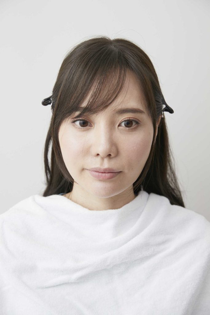 美容師さん直伝!絶対に失敗しない前髪セルフカット術【透けバング&流しバング】