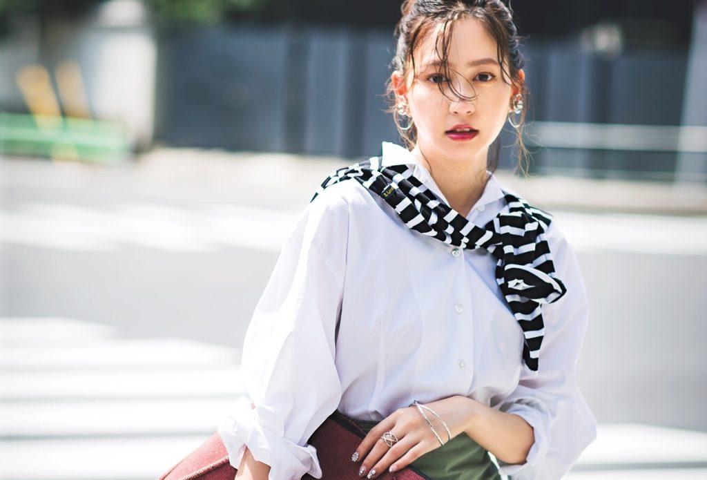 【今日の服装】「肩掛け」通勤コーデをよりオシャレに見せる方法は?【アラサー女子】