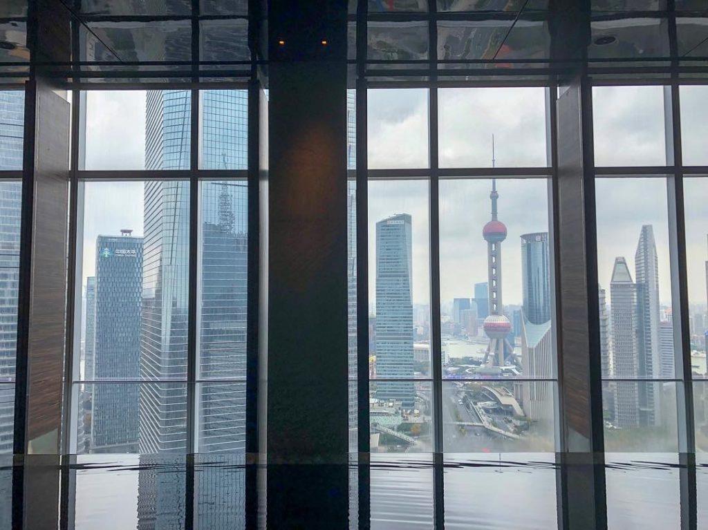 上海のビジネス街「浦东(プード