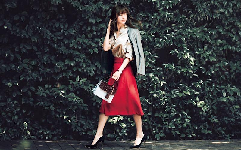 【明日の服装】「赤」を着たい日の正解コーデは?【アラサー女子】