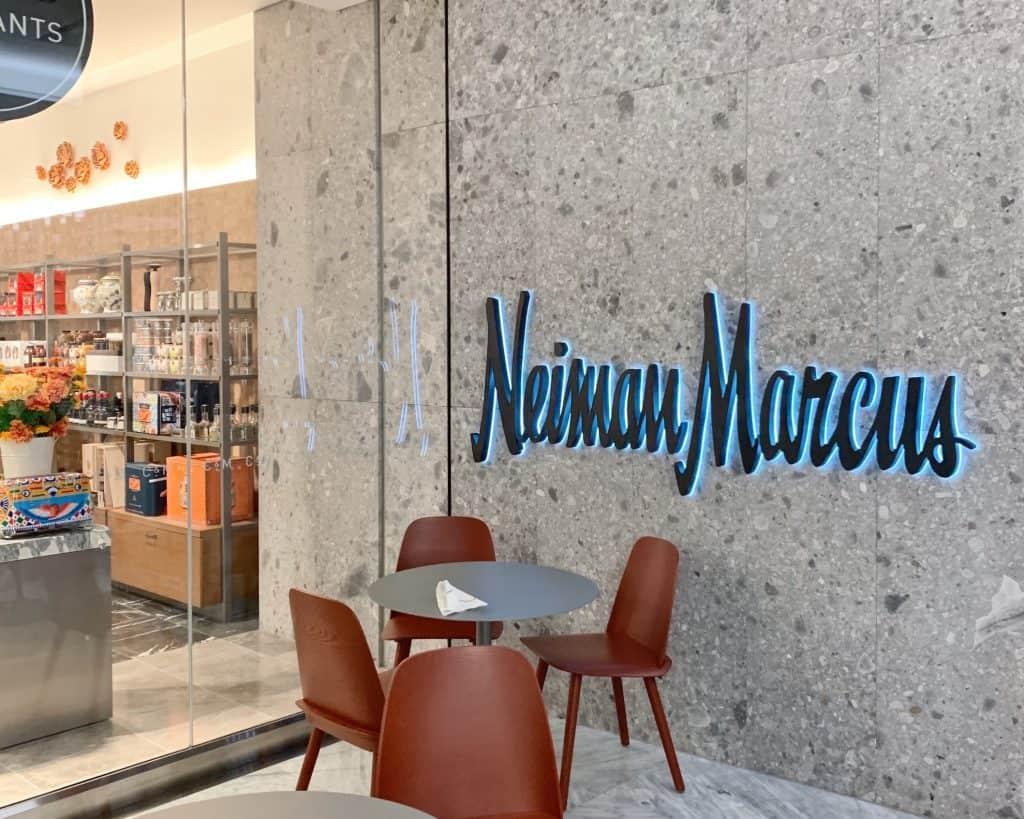 高級デパート「Neiman M