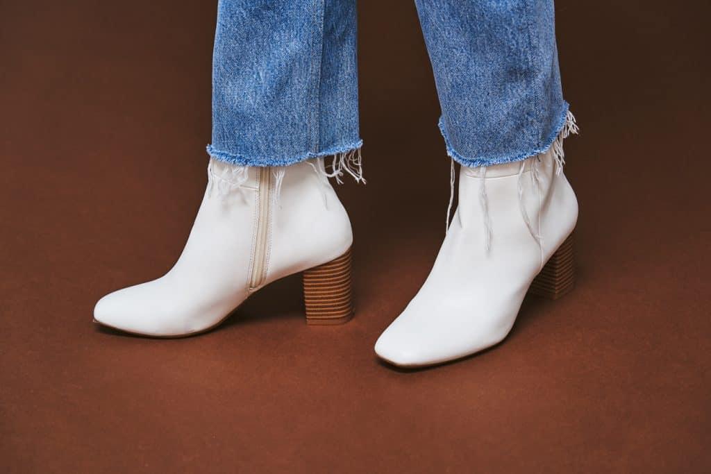 「手持ちのデニムも、いつもの足