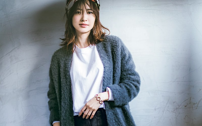 【今日の服装】シンプルな「モノトーンコーデ」を今っぽくするなら?【アラサー女子】