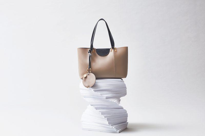 通勤時のバッグに求める条件とい