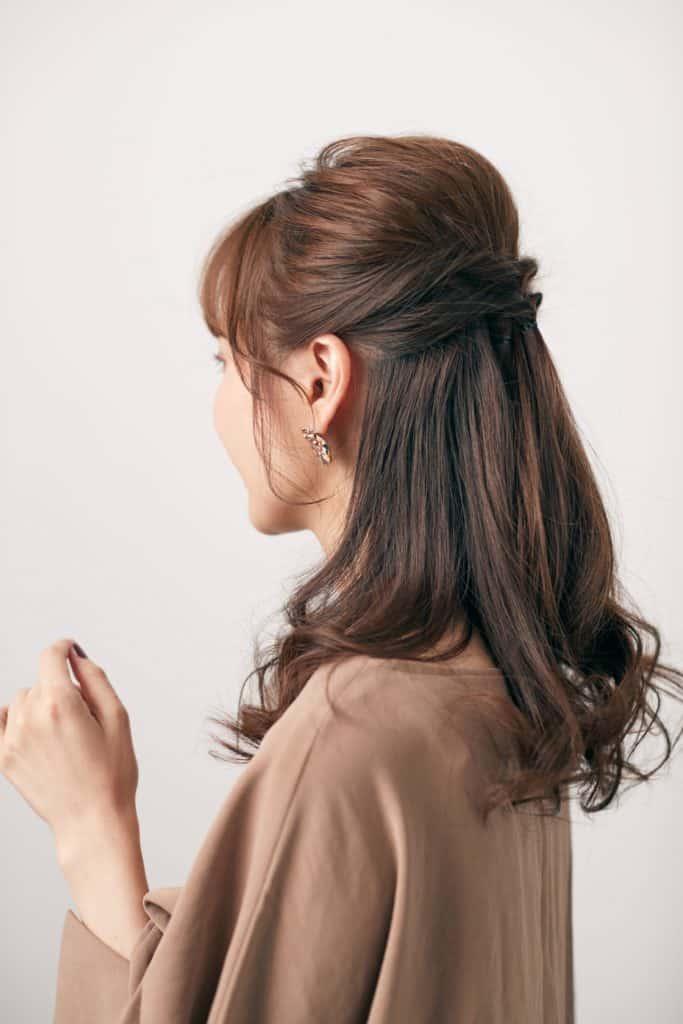 透け感のある前髪と&リバースの