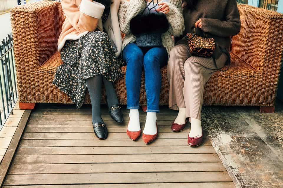 アラサー的オシャレな「タイツと靴下」【②ぺたんこ靴の場合】|冬は足元にセンスが出る!