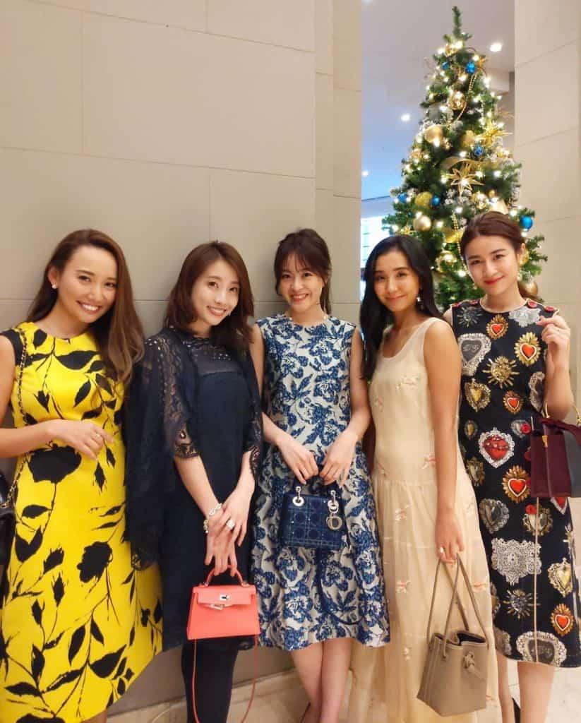 クリスマス女子会、何着てく?読者モデル「CLASSY.LEADERS」のドレスアップコーデをチェック!