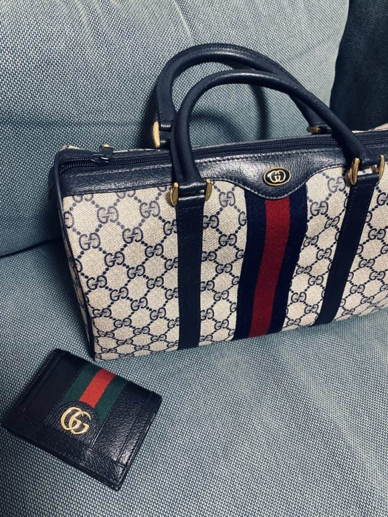 グッチのミニボストンは、お財布