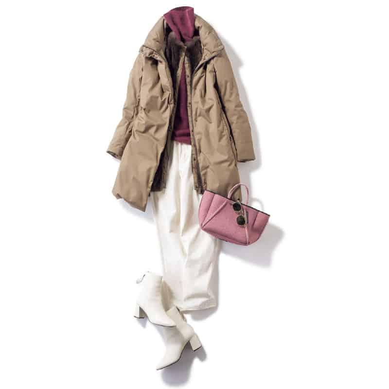 パンツとブーツを白でつなぐのが今年っぽい大人カジュアル【今日の着回しDiary】