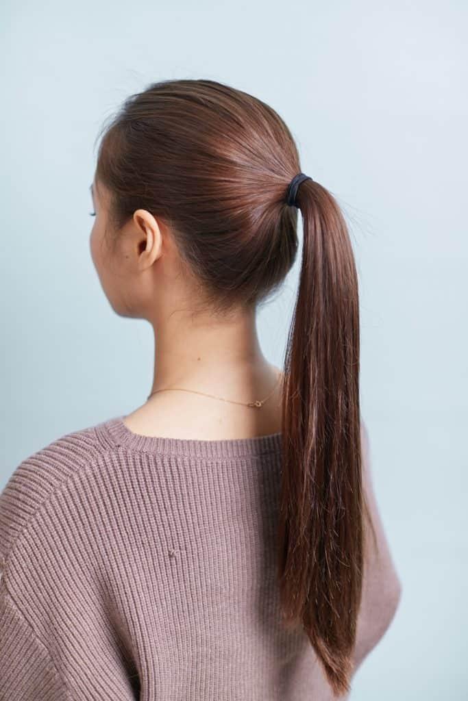 髪が長い人は、毛先がキレイにま