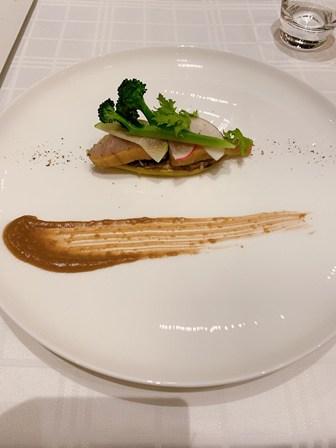 夕食は2016年12月にオープ