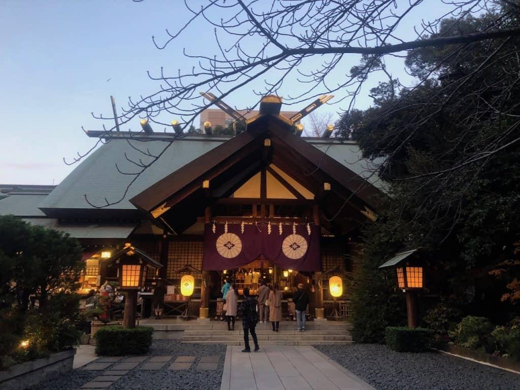 アラサー女子のモテテク「東京大神宮に3回行く」|【2020年までに彼氏をつくるためにすべき30のこと⑬】