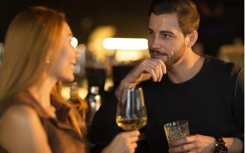 カラダ目当てすぎる!浮気目的の男性がアラサー女性を誘うときによく言うこと3つ