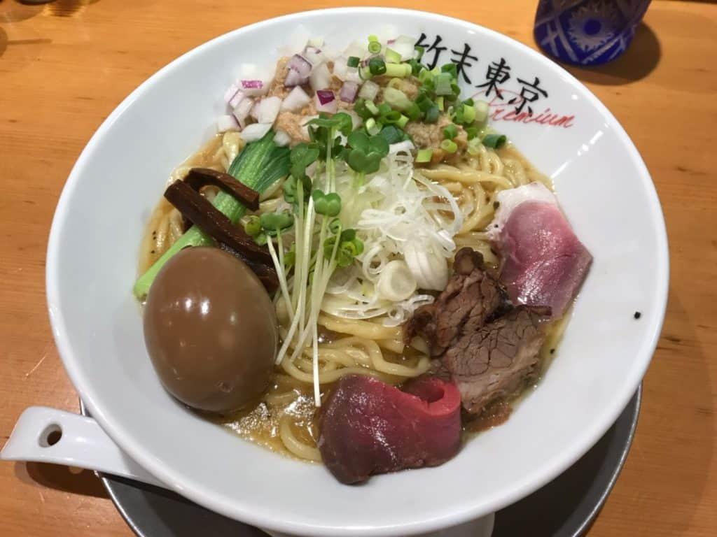 東京ラーメン女子図鑑「❶写真映え5選」【女子が入りやすいラーメン店】