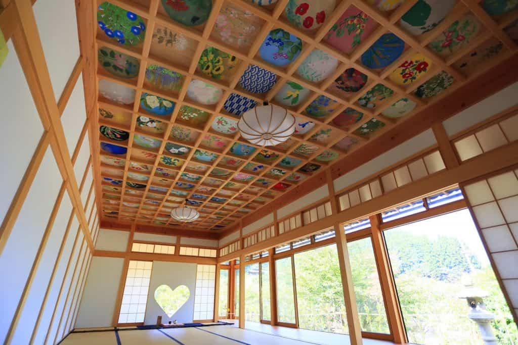 約800年前に創建された正寿院