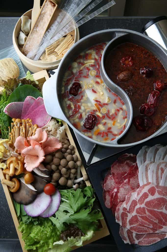 【新年会に】寒~い冬に食べたい!アツアツお鍋の名店3選