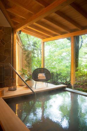 寒さも深まる冬の季節。温泉旅行