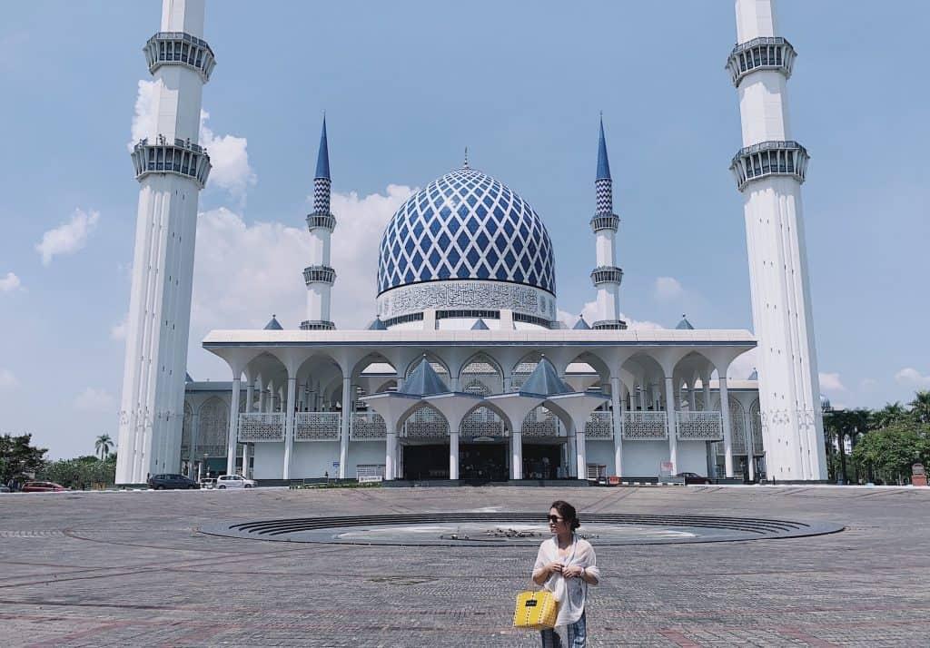 人気急上昇中!「クアラルンプール」で必ず行きたい おすすめスポット4選【美しいモスクから絶景バーまで】