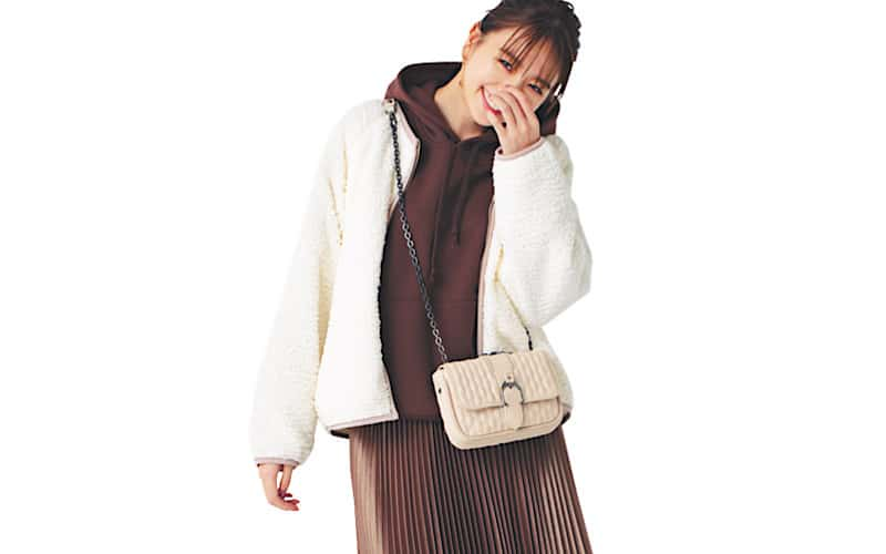 【今日の服装】ボアアウターが主役の大人カジュアル、正解は?【アラサー女子】