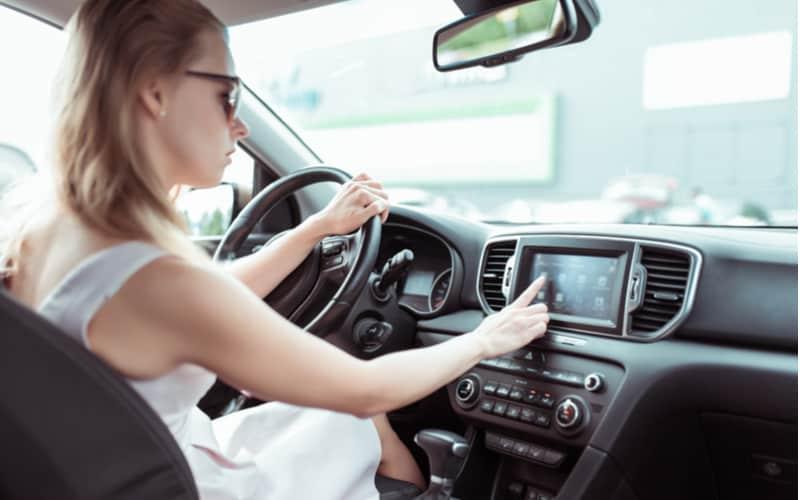車の運転席のシートの位置に知らない設定が登録されていた