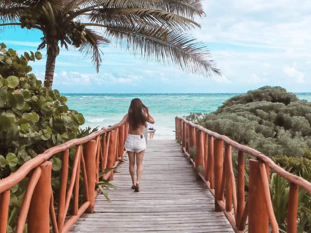 アラサー女子必見!海が綺麗な世界のリゾート5選【海外在住トラベルライターが厳選!】