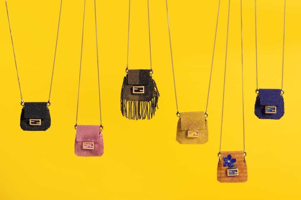 フェンディの名品バッグが史上最少サイズ、びっくりな大きさに!