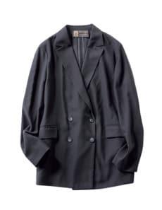 通勤服の定番黒ジャケット×キレ